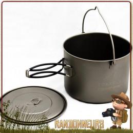 Pot Titane Toaks 1600ml avec anse est un pot casserole en titane ultra léger pour la randonnée ultra light.