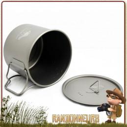 pot tasse titane de Toaks est un pot en titane ultra léger 55 cl pour la randonnée ultra light et bivouac léger