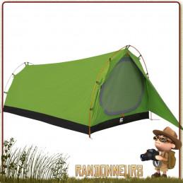 tente Monte Cinto 4000 Jamet, dome légère pour randonner à deux personnes en montagne avec tenue au vent